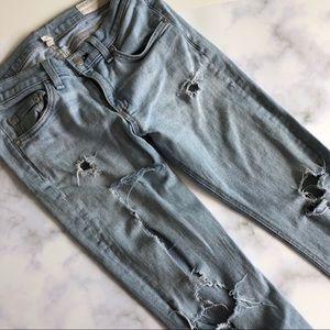 Rag & Bone Distressed Capri Jeans in Bromley